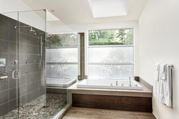 choisir un receveur de douche en pierre